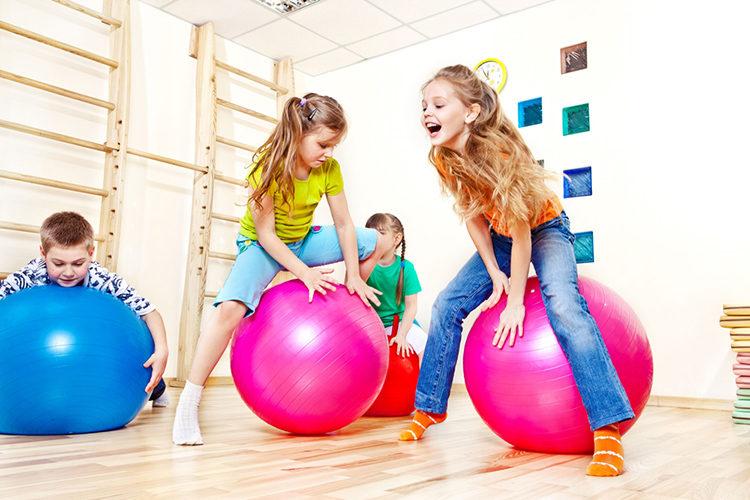 упражнения на мячике