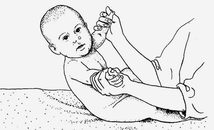 учим ребенка присаживаться