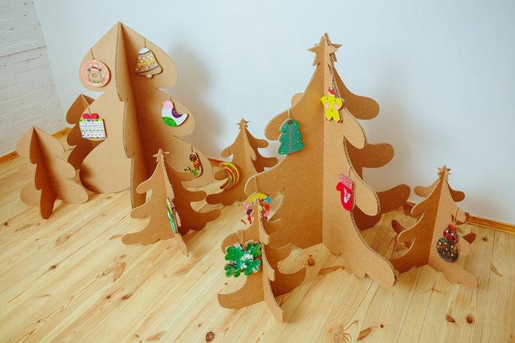 елки из картона