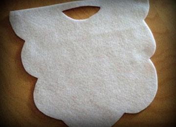 вырезаем маску деда мороза