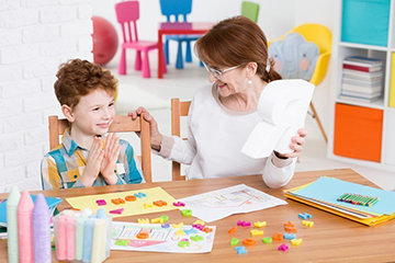 занятия с ребенком аутистом