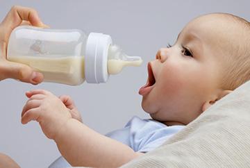 питье малышу
