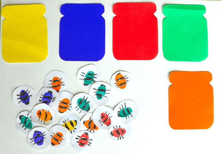 распредели пчелок по цветам